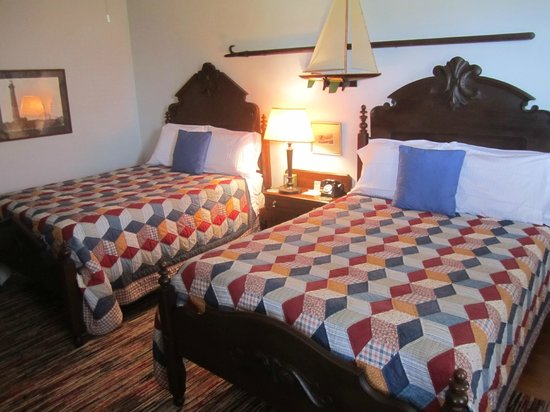 Roanoke Island Inn: Room Two