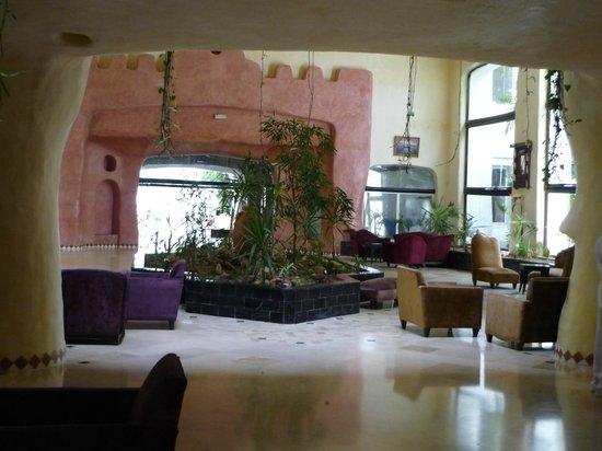 Yasmine Beach Resort: hall de l'hôtel