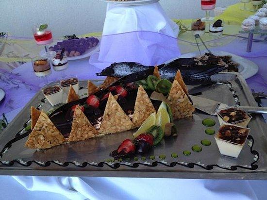 Ostria Resort & Spa : Un des nombreux gateaux proposés