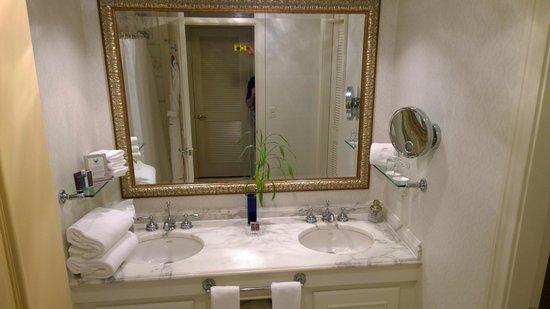The Ritz-Carlton, Sarasota: Bathroom