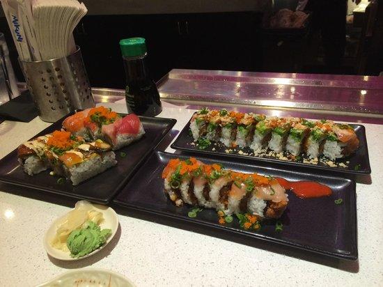 Mikuni Japanese Restaurant and Sushi Bar: 1 midtown, 1 BMW, 1 rainbow, 1 pimp my roll + 1 pint of SAMs = $52.63 with tax