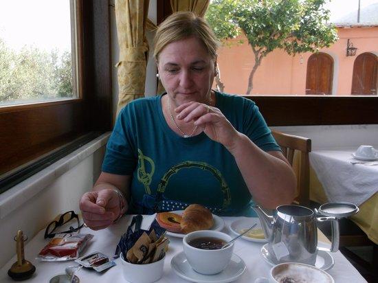 Hotel Il Girasole: colazione abbondante