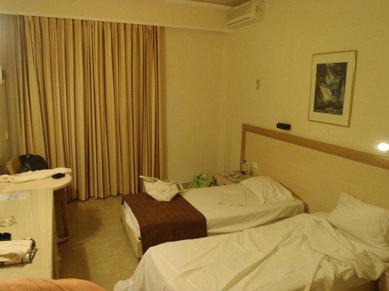 Dedalos Hotel: Very Basic