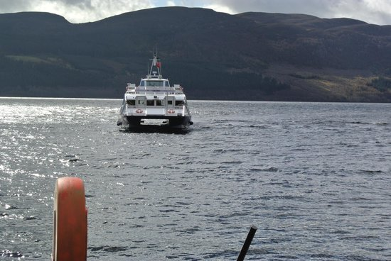 Loch Ness by Jacobite: Boat Arriving