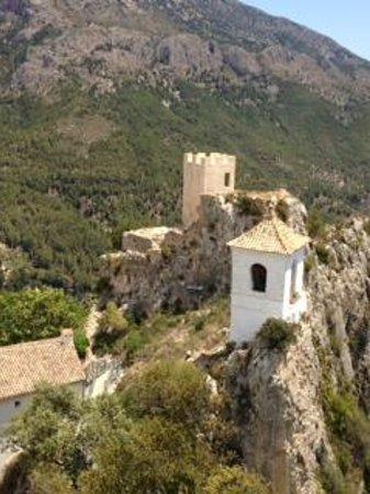Cases Noves: Castillo Guadalest