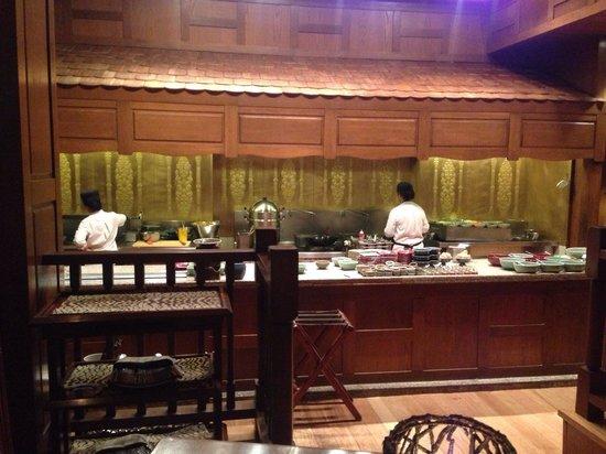 Sala Thai Restaurant: Inside