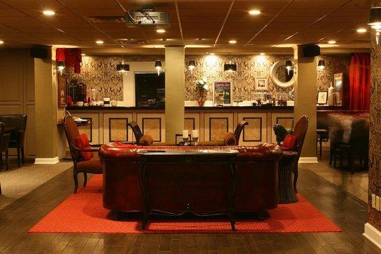 The Martha Washington Inn and Spa: backstage