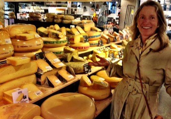 Omy Amsterdam Tours: Ann Dunham Loves Cheese - Photo by Terry Hunefeld