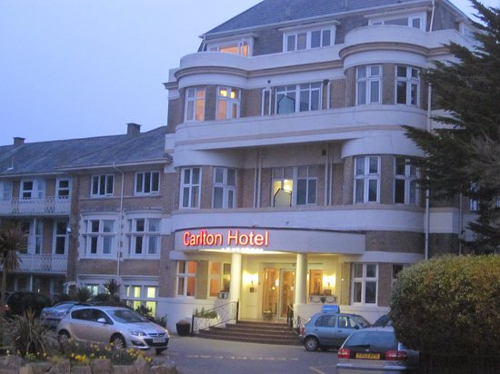 Hallmark Hotel Bournemouth Carlton: The front of the hotel.