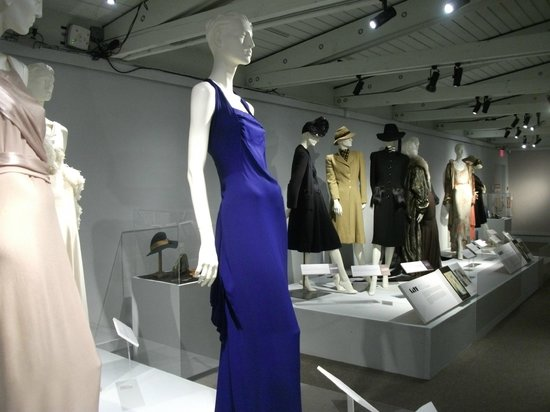 Langley Centennial Museum: 20's and 30's fashion exhibition