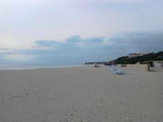 La sabbia e la spiaggia del villaggio foto di club med for Villaggio kamarina