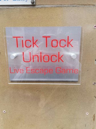 Tick Tock Unlock : outside