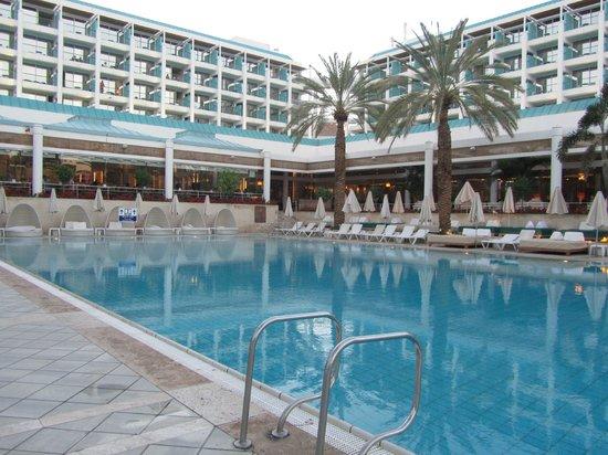 Isrotel Yam Suf Hotel : Территория отеля
