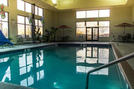 Does Hampton Inn Have Room Service