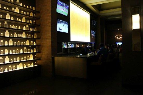 Hilton Parsippany: Bar