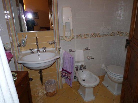 Grand Hotel Dei Castelli: Bagno