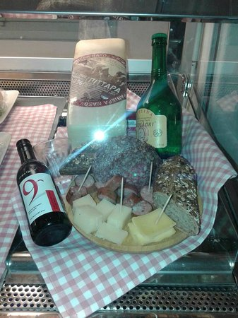 Cafeateria: cheese and meat plattern for wines...