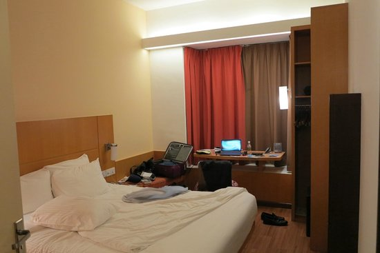 Ibis Singapore on Bencoolen: Bedroom