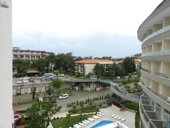 Hotel Akin Paradise: вид из окна на Жустиано