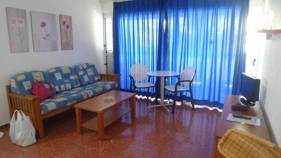 Apartamentos Miami Gran Canaria: living room
