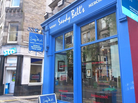 Photo of Pub Sandy Bells at 25 Forrest Road, Edinburgh, United Kingdom