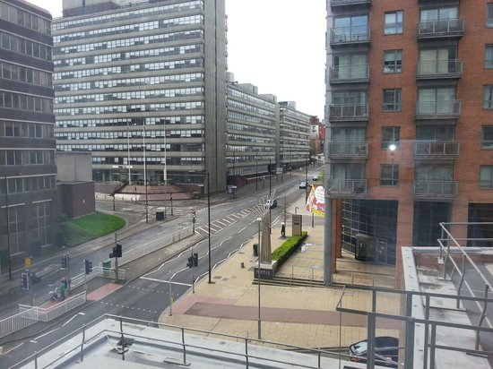 Hampton By Hilton Sheffield: View from room