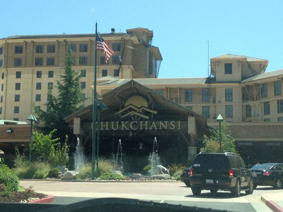 Bass Lake Recreational Resort: Chukchansi Casino is only 20 min drive from camp