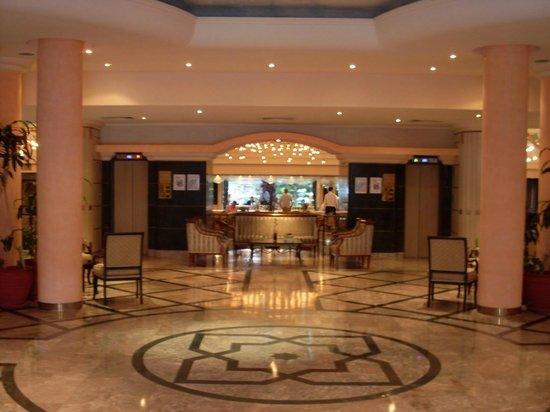Hotel Aqua: Hotel lobby