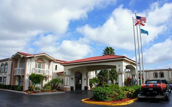 La Quinta Inn Orlando International Drive North: вид снаружи