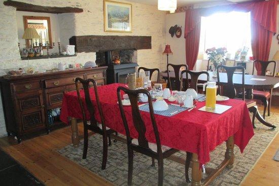 Worswell Barton Farmhouse: Frühstücksraum