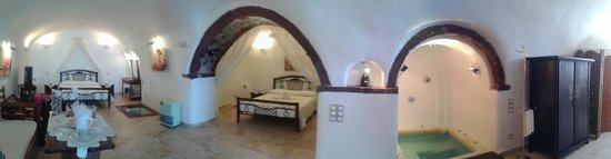 Santorini Mansion at Imerovigli : la grotte