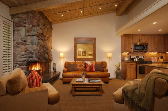 Aspen Alps Condominium Resort: Livingroom