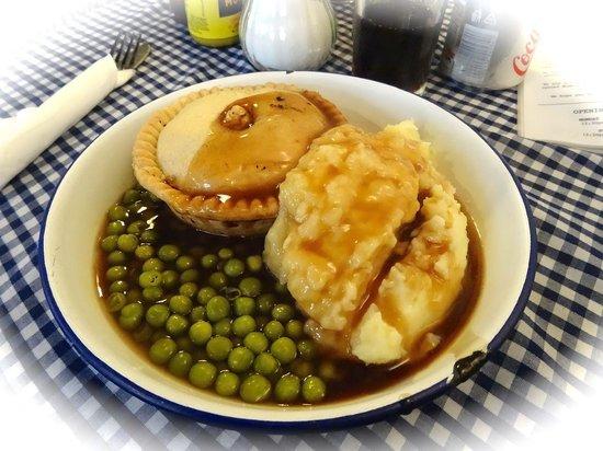 Humble Pie 'n' Mash : Haggis & neeps pie