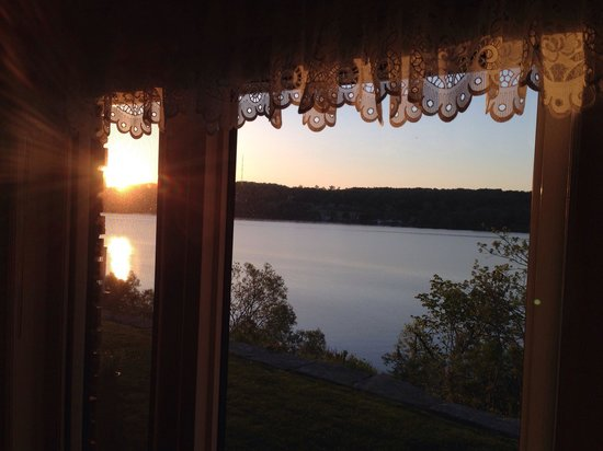 Duck and Loon Bed and Breakfast: Not a bad view from our room...