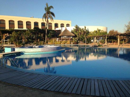 Sheraton Colonia Golf & Spa Resort: Piscina abierta