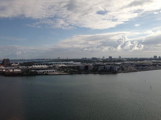 InterContinental Miami: view from room looking at cruise ships and Miami Beach in distance.