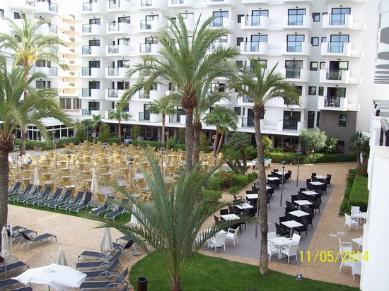 Protur Palmeras Playa: Seating area, view from room 1233