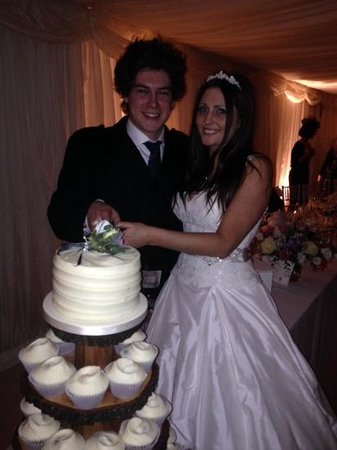 Bedford Arms Hotel: Young Wedding #foreveryoung14