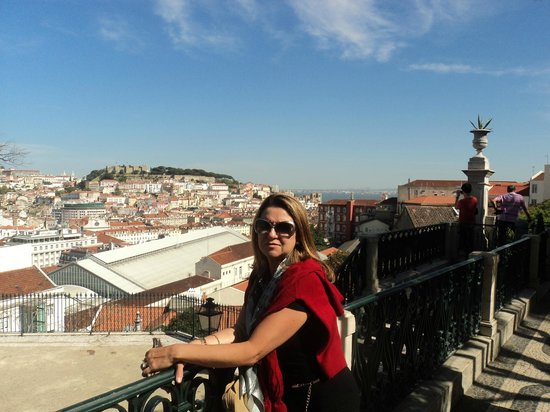 Lisboa Story Centre: Vista do bairro Alto, maravilhosa!!
