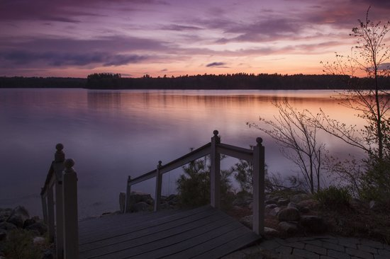 Wolf Cove Inn : Sunset on Tripp Lake is usually breathtaking.