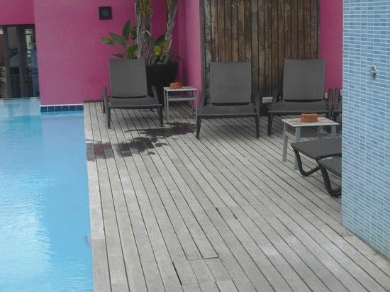 Hotel Barcelona Catedral : Roof top swimming pool