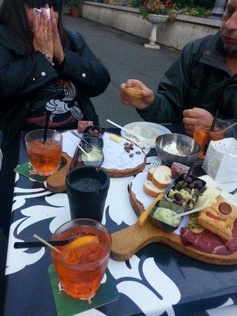 Kermesse Cafe