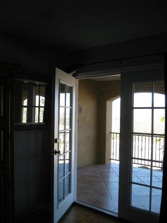 Dream Manor Inn : View from inside sunset room