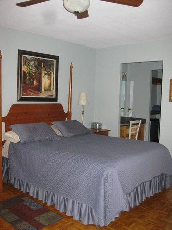 Dream Manor Inn : Sunset room