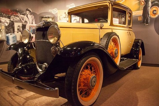 Hagley Museum and Library: 1931 Chevrolet using Dupont technologies