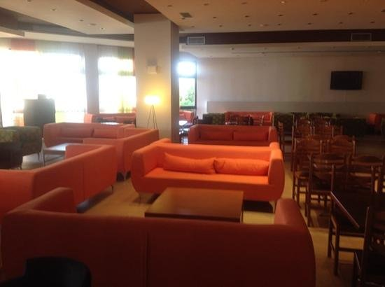 Smartline Cosmopolitan Hotel: Bar