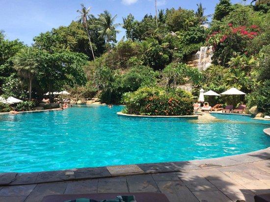 Santhiya Koh Phangan Resort & Spa: piscina do hotel