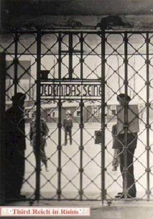 Buchenwald: 1945