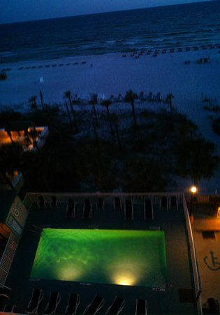 Beach Tower By The Sea: Pool at night