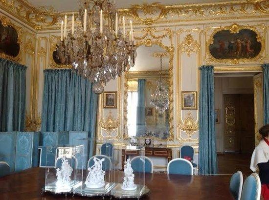 dining room picture of chateau de versailles versailles. Black Bedroom Furniture Sets. Home Design Ideas